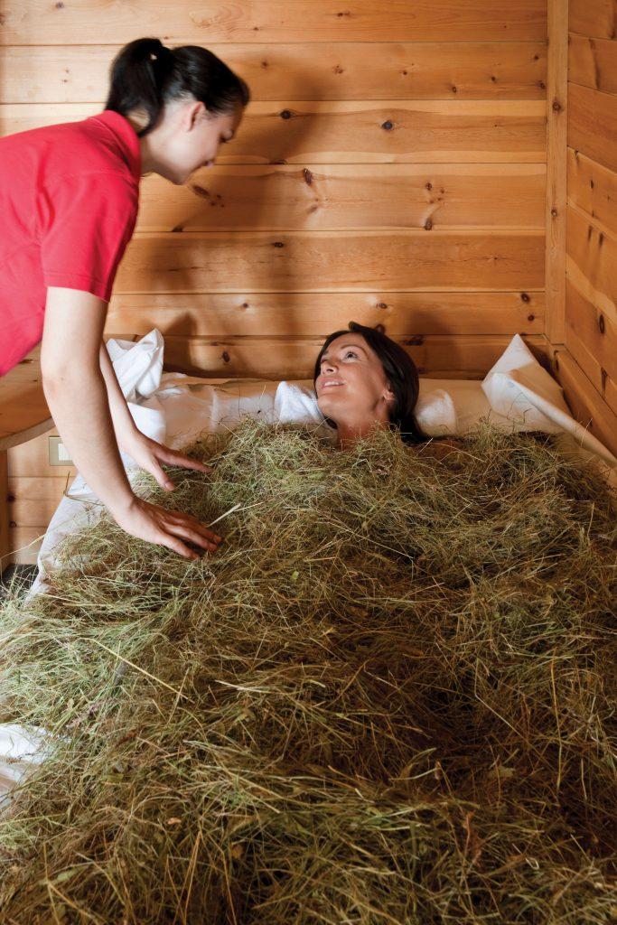 Alpine wellness, ontspannend hooibad