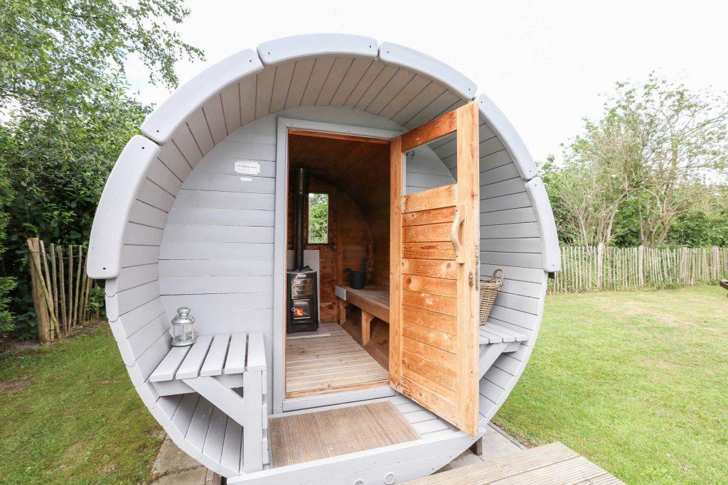 Huisje met privé jacuzzi en sauna