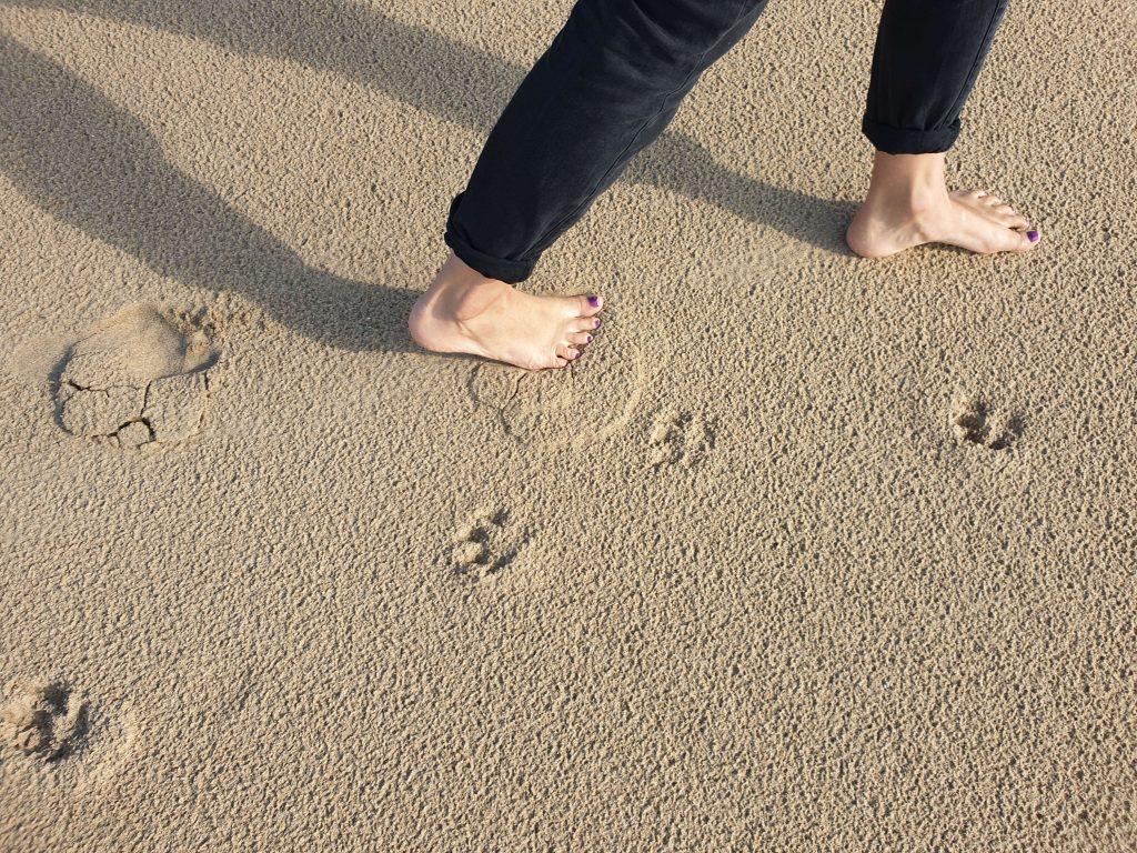 Voordelen van wandelen op blote voeten