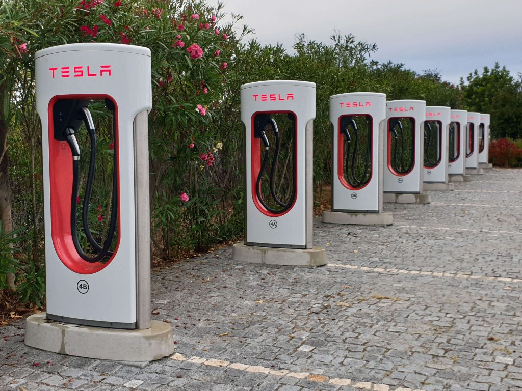 Elektrische auto opladen in Portugal