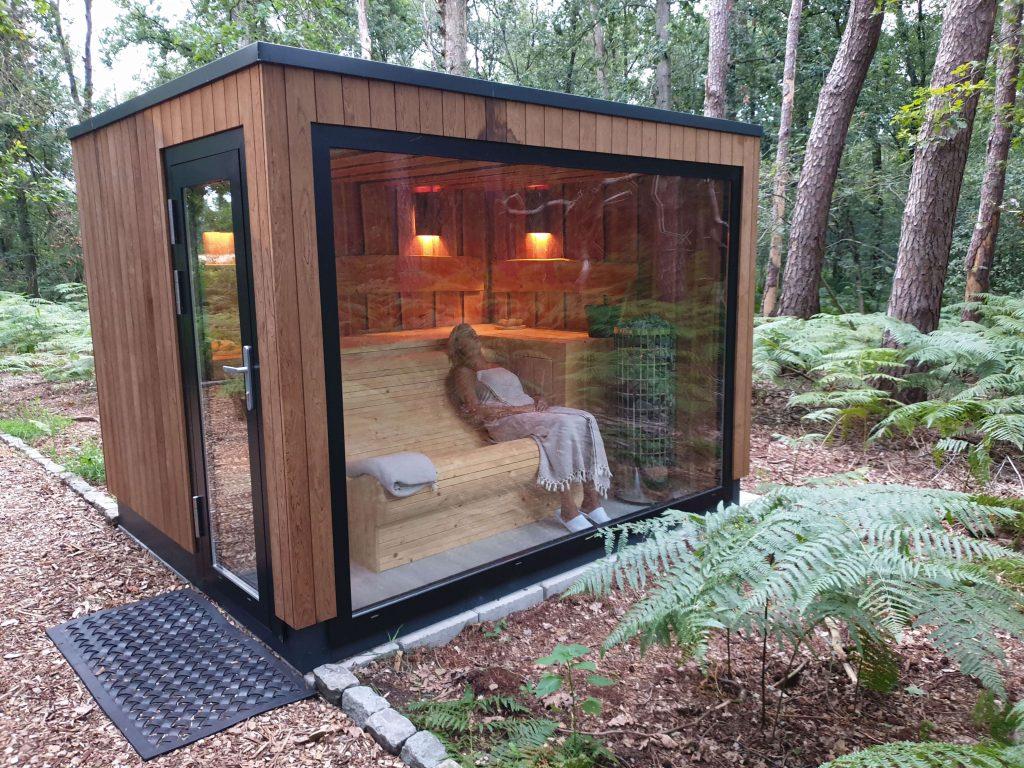 Liggen of zitten in een sauna