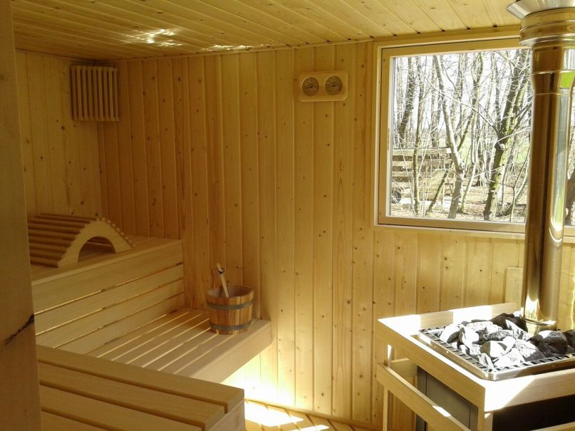 Bungalow met sauna in natuur