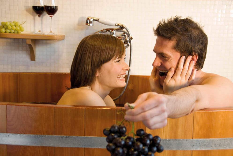 Badderen in wijn, Zuid-Tiroler wijnbad