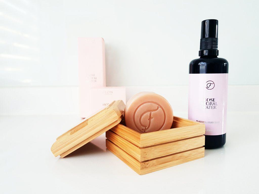 FLOW Cosmetics review