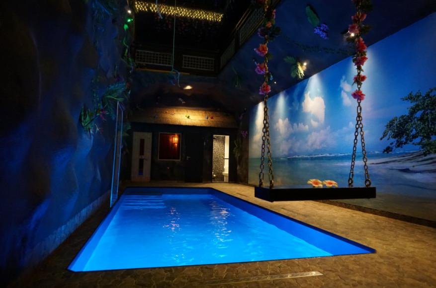 Privé sauna met binnenzwembad, sauna & overnachting