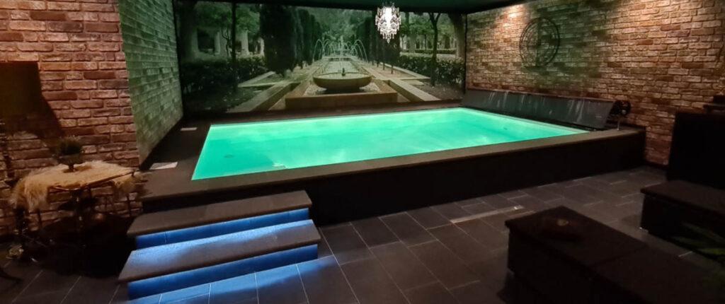 Genieten in verwarmd binnen zwembad in Limburg