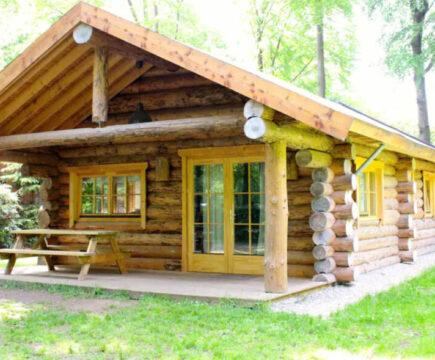 Scandinavische blokhut met sauna en jacuzzi