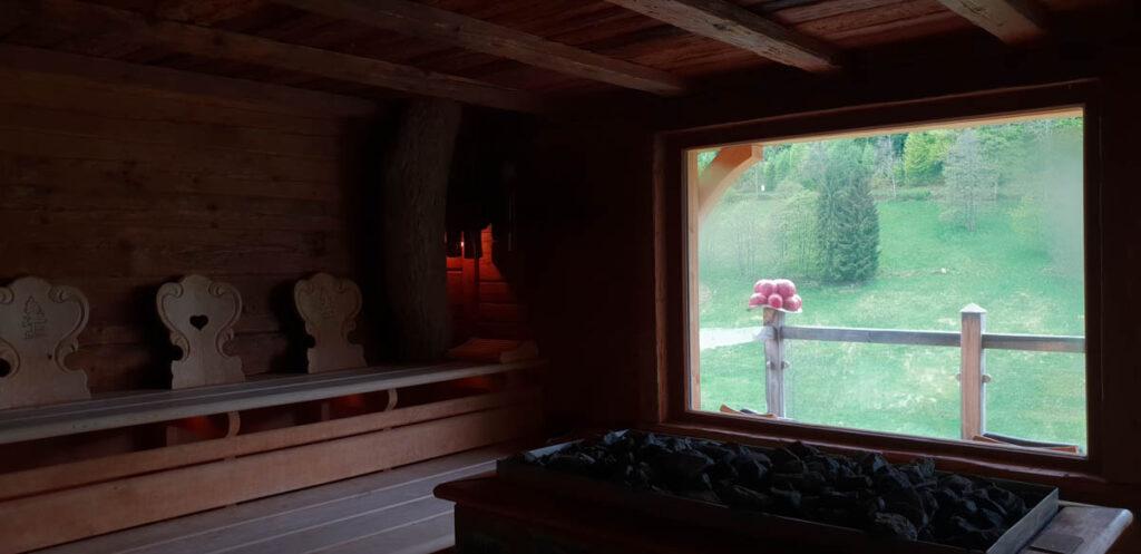 Sauna in een boomhut in Duitsland