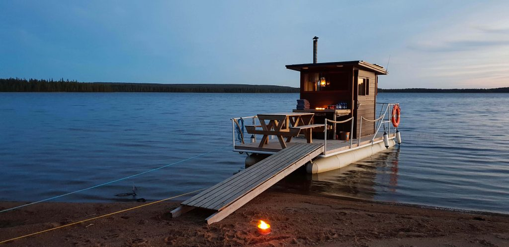 Sauna boot in Fins Lapland