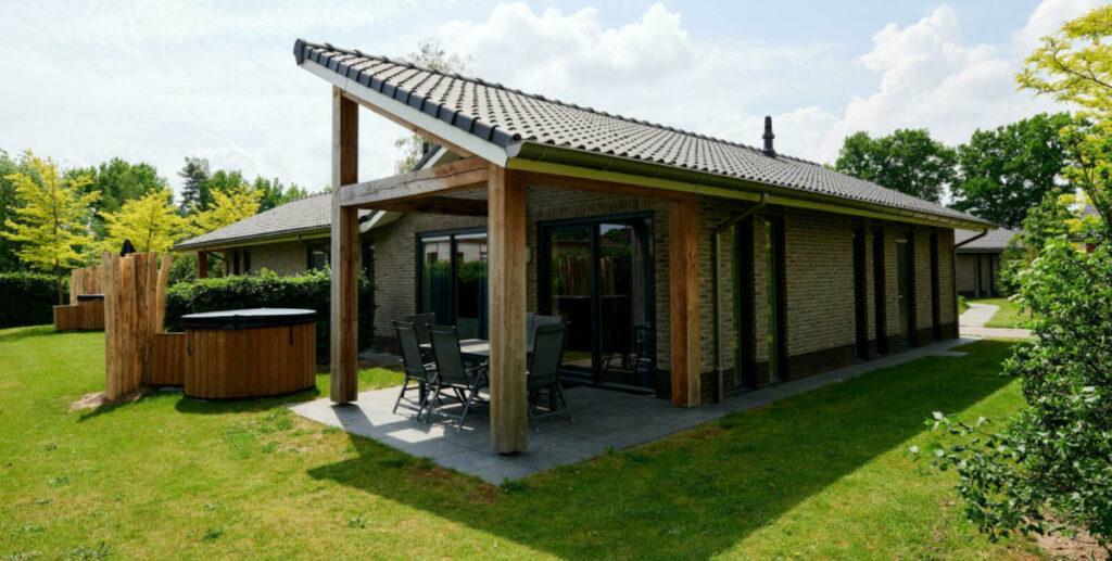 Huisje op de Veluwe met bubbelbad en sauna