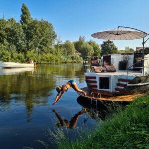 Wellnessboot met privé sauna in Bodegraven